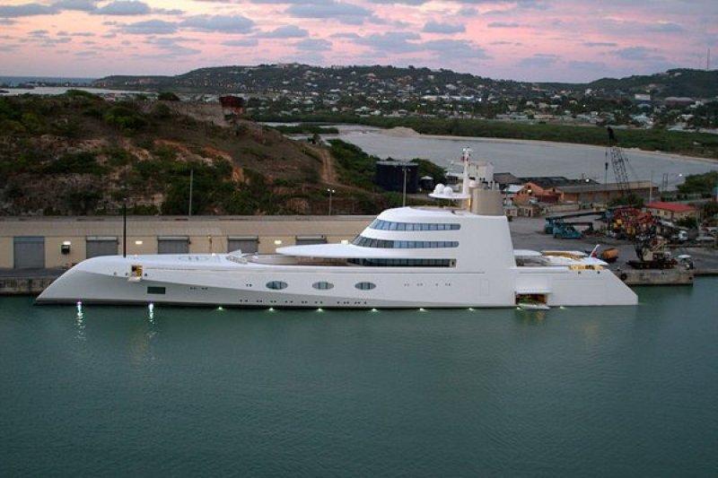Superyacht « A » yacht géant