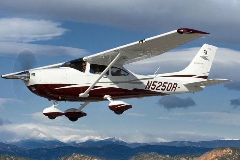 sports extrêmes vol en avion cap adrenaline