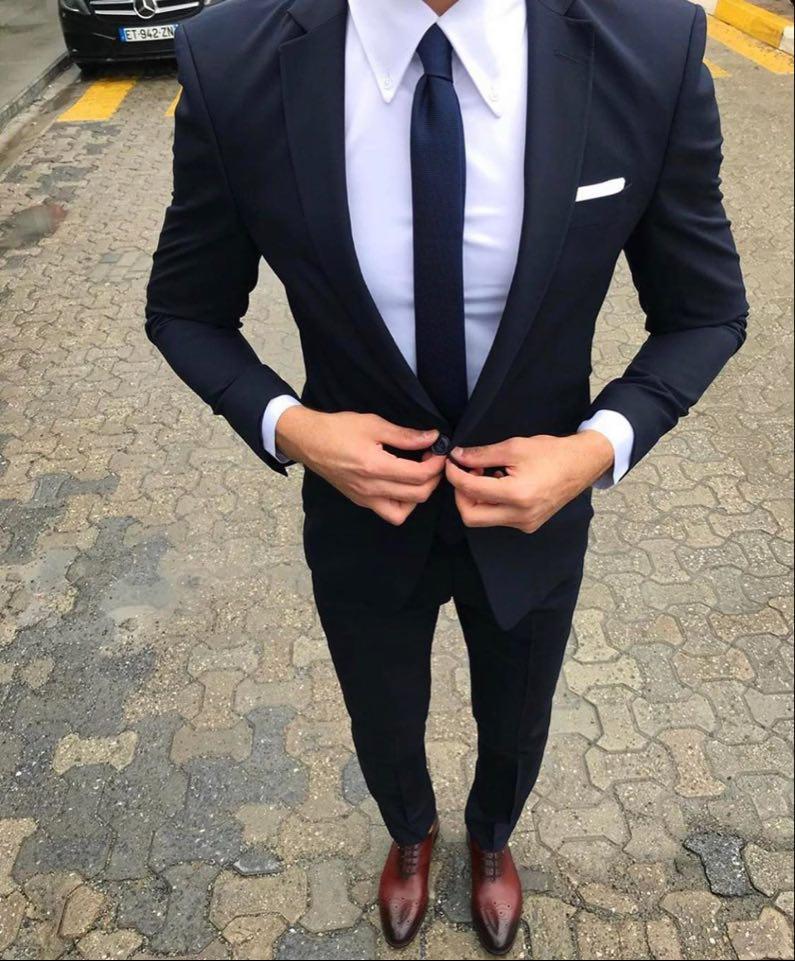 s'habiller pour un entretien look très formel