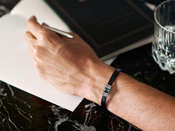 Le bracelet en cuir personnalisable LYS & DHEER