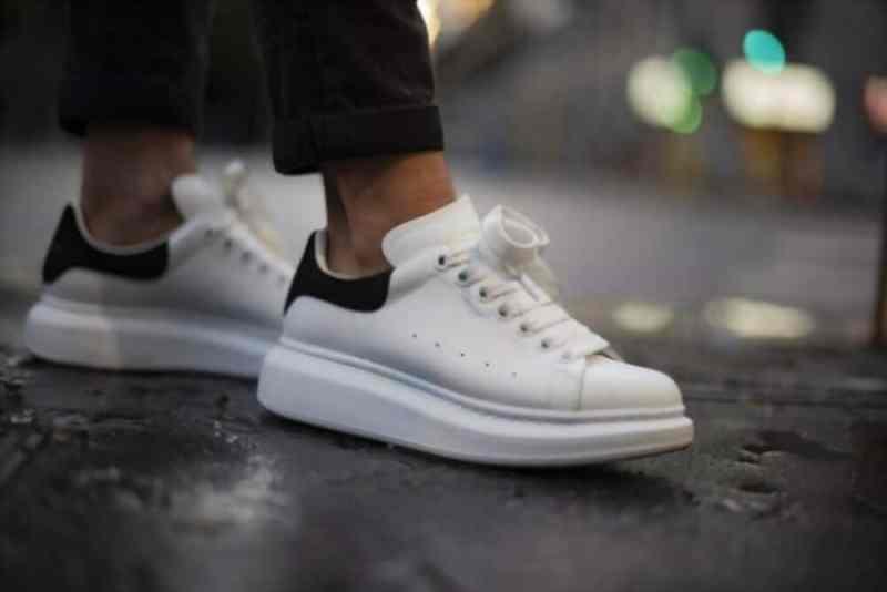 Les meilleures imitations de chaussures de luxe baskets Alexander McQueen