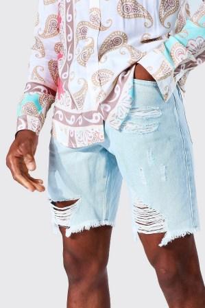 Idée de look 48 Short en jean rigide Boohoo