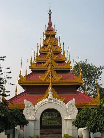 Buddhist Pagoda Kolkata India Location Facts History