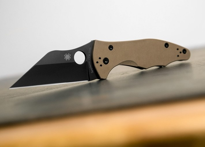 Spyderco Yojimbo 2 Sprint Run S90V Black DLC blade with Coyote Brown G10 handles