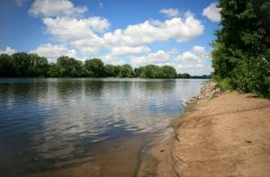 5 Ways to Ford the Dam(n)ed Mississippi River