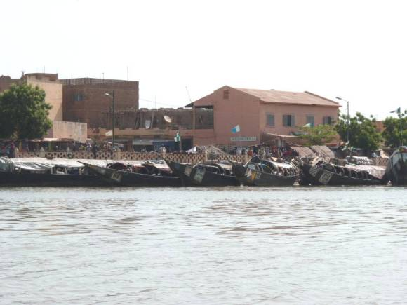 Boats docked at Mopti harbor. Photograph by Pierre Hiernaux on October 21, 2014. Image used with kind permission.