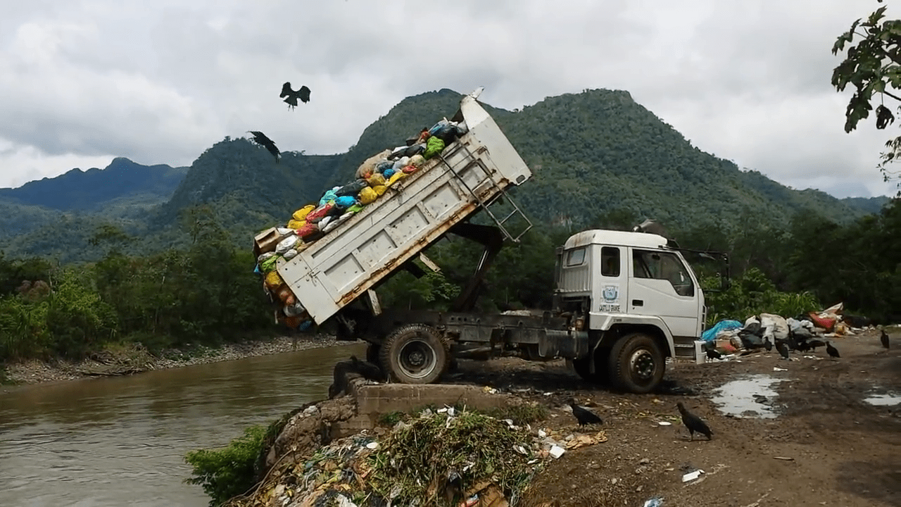 Pollution of the Huallaga River in the highlands of Peru, 2016. Source: Wikimedia Commons.