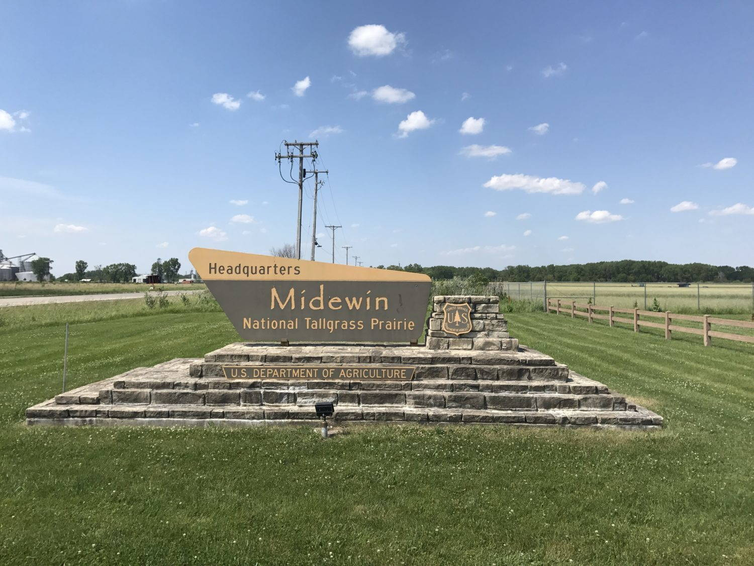 Midewin: The Ecological Restoration of a Full Metal Prairie