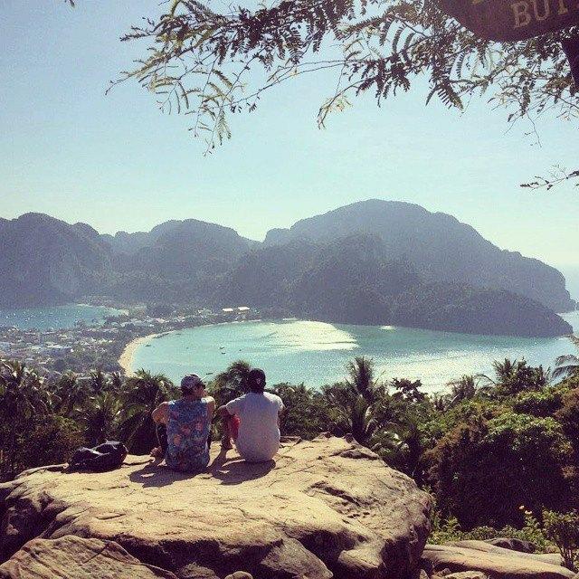Moving around the world - island