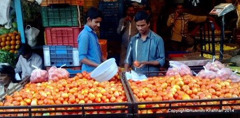 Fresh Red tomatoes - Jambli Naka, Thane, Mumbai, India.