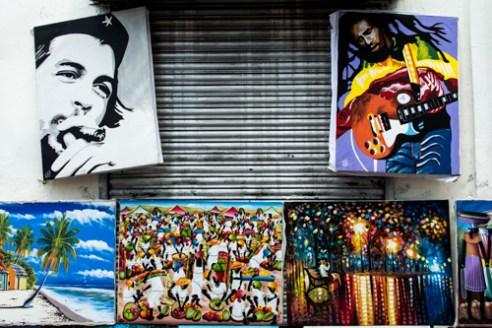 El Che y el Bob<br/> El Conde, Zona Colonial, Santo Domingo, Dominican Republic