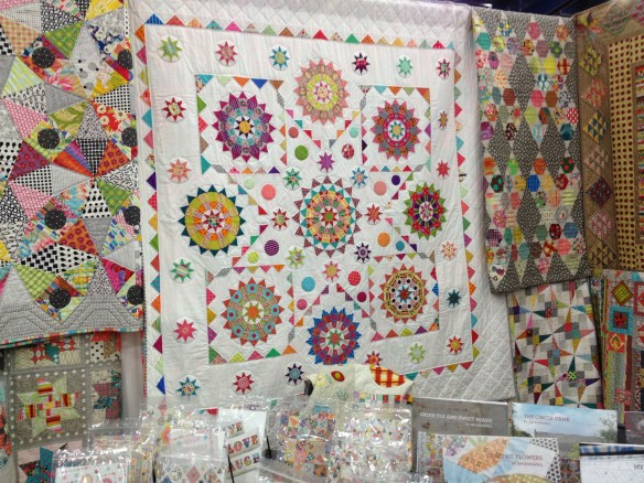 Isn't that gorgeous?  Another angle of Jen Kingwell's booth.