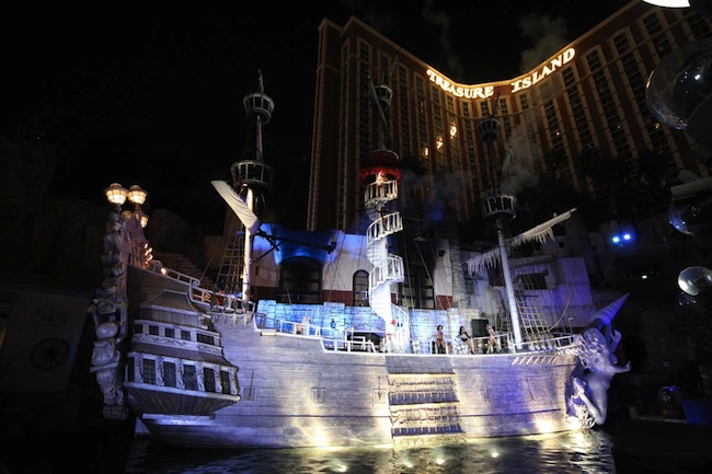 Sirens of TI Boat at Treasure Island Las Vegas