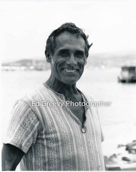 Journeyman carpenter George Baker volunteered to build homes on Mokauea Island. 5008-3-3 6-7-80