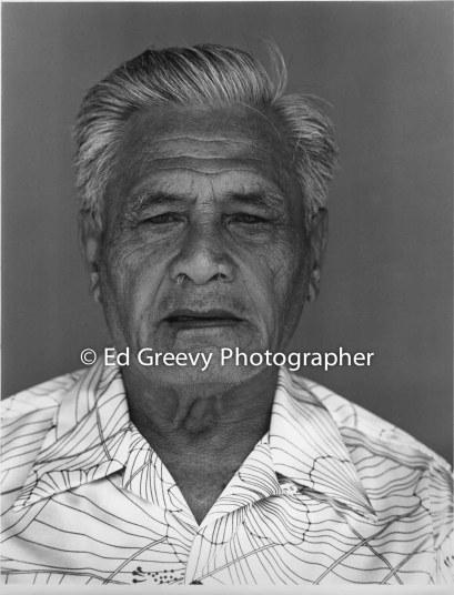 hawaiian-man-on-molokai-for-dorothy-curtis-and-honollu-academy-of-art-6065-3-87