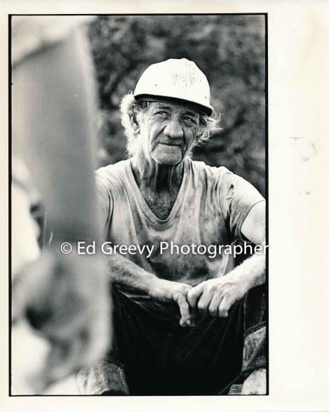 George Santos at his Kalama Valley pig farm 2343 1971 _