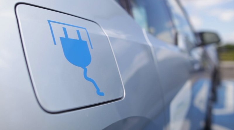 Installation borne de recharge voiture électrique