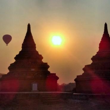 Bagan at surise