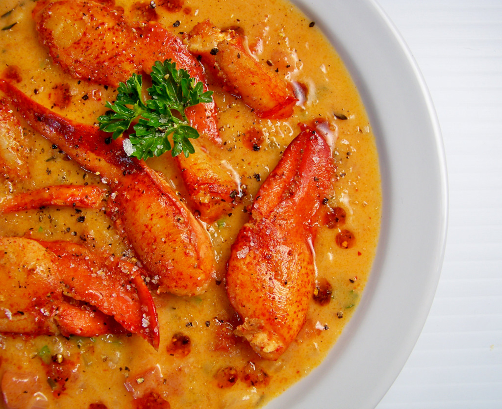 Rustic Lobster Bisque — Edible Aria