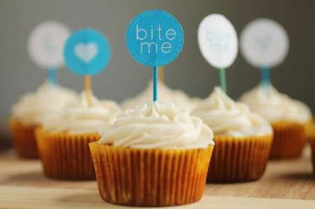 decorate-cupcakes-like-a-pro