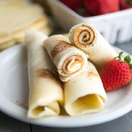 cinnamon sugar pancake roll