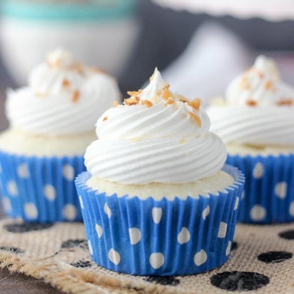 skinny coconut cream pie cupcakes