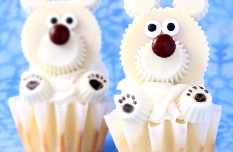 DIY Polar Bear Cupcakes