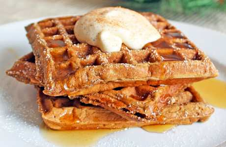 YUM – Gingerbread Waffles