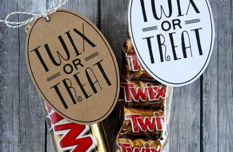 Twix Or Treat Easy Halloween Gift Bags
