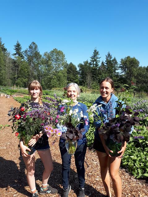 jackie-irma-haley-with-flowers
