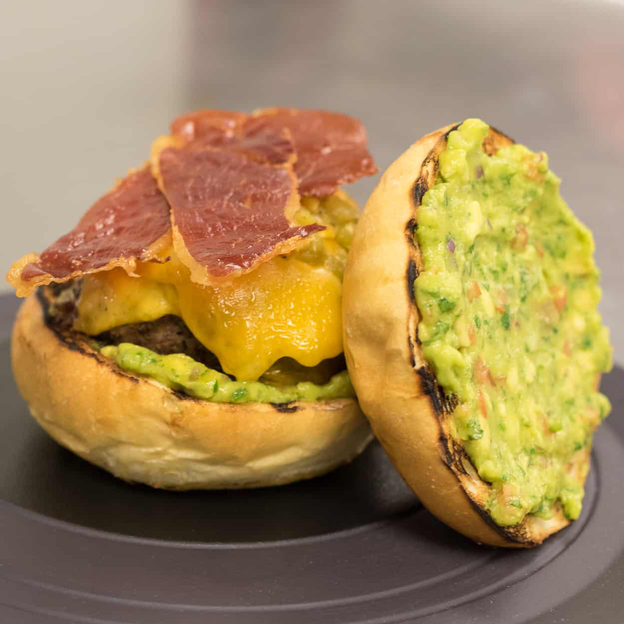 CONTENDERS Green Chile Cheeseburger Smackdown