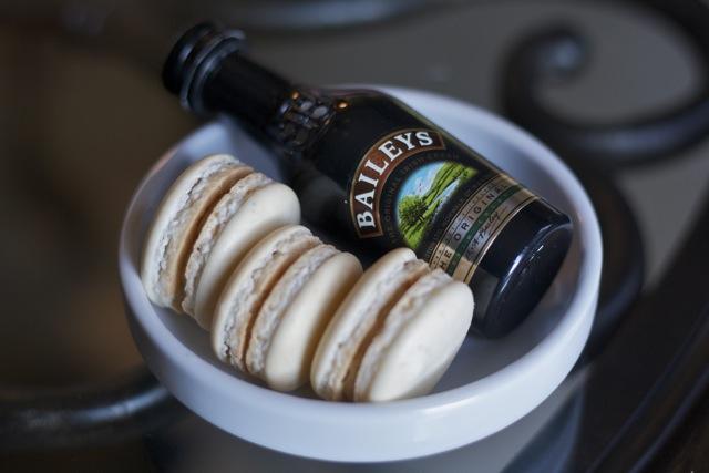 Macarons with Bailey's Irish Cream from Edible Times
