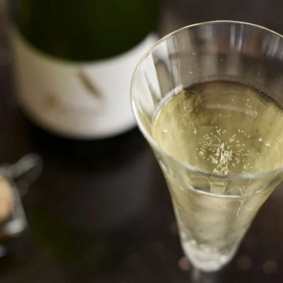 The deets on cava sparkling wine + why I love it