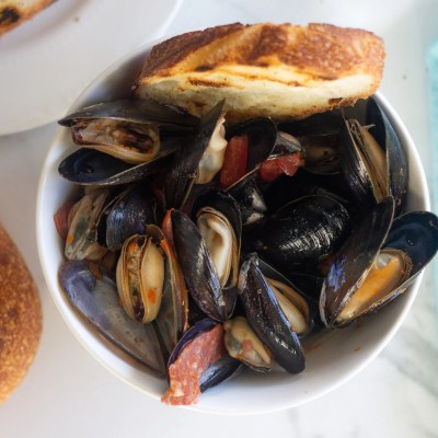 How to cook mussels 'a la minute' AKA super quick