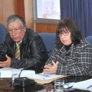 """Al rojo vivo, conflicto entre CORES y alcaldesa Dubost. La acusan de tirar """"cortina de humo"""" para tapar ineficiencia"""