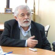 Al otro lado de la vereda;  Arturo Zegarra, en la defensa de los acusados