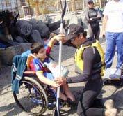 Promueven rehabilitación a través de la práctica del kayac en Playa Cavancha