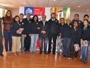 Apoyos familiares de Hospicio primeros en cumplir meta nacional de integración de familias