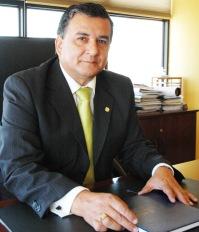 """Reelecto Rector UNAP, Gustavo Soto: """"Integraré planteamientos de otros candidatos"""""""