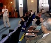 Junto a organizaciones sociales analizan beneficios de Sernac financiero