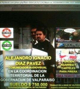 Hombre  sorprendido entregando letreros  contra Bachelet trabaja en municipio de Valparaíso,  Gobernación y es militante UDI