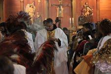 Nuevos bailarines devotos de la Virgen ya están con sus trajes bendecidos