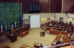 Lucha por cambiar el binominal sufre revés en el Parlamento