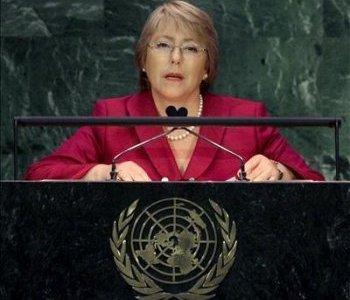 """Los """"caza-Bachelet"""" al acecho. Atacarla muestra """"amateurismo"""", dice analista."""