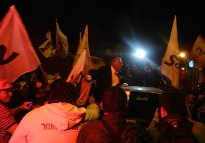 Multitudinaria celebración ante contundente triunfo de Jorge Soria que vuelve a la alcaldía de Iquique