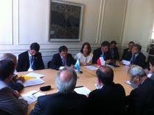Intendenta se reunió con presidenta de Argentina y participó en encuentro con Gobernadores trasandinos