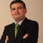 Zegarra se aleja del cargo de Defensor Regional y asume Marco Montero