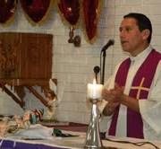 Vicario Guillermo Fajardo llamó a centran la vida en Dios