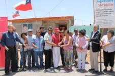 Entregaron viviendas para familias de la caleta de pescadores Caramucho