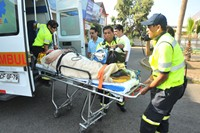 Volcamiento de máquina de Tur Bus demandó gran despliegue de equipos médicos